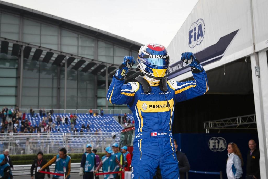 2015 Beijing ePrix, Beijing winner, Sebastien Buemi Renault e.Dams Z.E.15. Photo: Adam Warner / LAT / FE